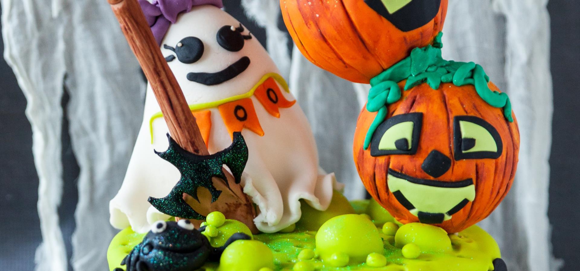 Halloween Baking with NEFF